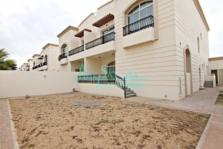 3 Bedroom Villa for Rent in Jumeirah, Dubai - WELL MAINTAINED 3BR+M+STUDY VILLA WITH GARDEN IN JUMEIRAH 1