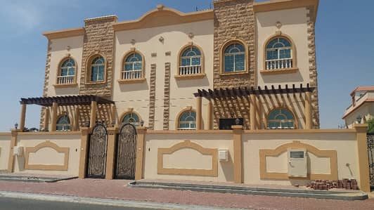 5 Bedroom Villa for Rent in Hoshi, Sharjah - 5 Bedrooms, Brand New Villa for Rent in Hoshi Area -Commercial/Residential.