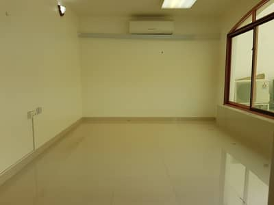 2 Bedroom Flat for Rent in Diplomatic Area, Abu Dhabi - Two bedroom WITH TAWTHEEQ NO COMMISSION FEES