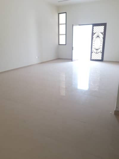 3 Bedroom Flat for Rent in Shakhbout City (Khalifa City B), Abu Dhabi - Very nice(3) bedroom hall in khalifa (B)New Villa for rent-good space-