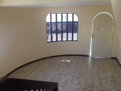 2 Bedroom Villa for Rent in Deira, Dubai - VILLA FOR FAMILY// EXECUTIVE ONLY IN 51K VERY CLOSE TO ABU BAKAR METRO