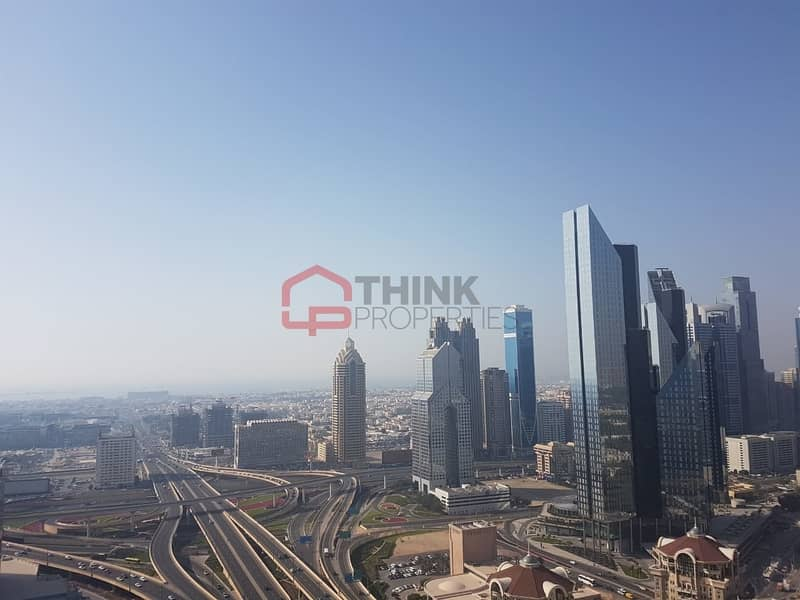 10 Rare 4BR+M Penthouse with DIFC Views