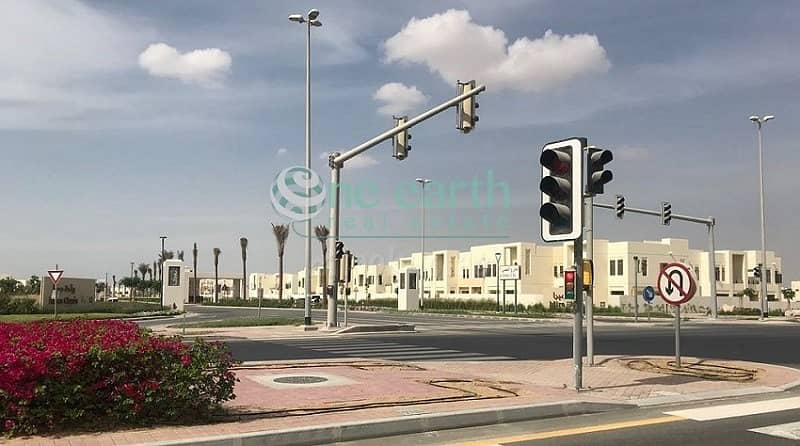 10 4 Bedroom | Type J- End | Large Plot | For Rent in Mira Oasis