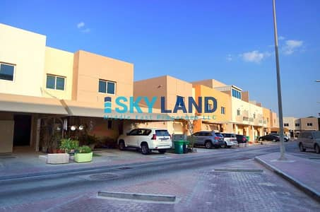2 Bedroom Villa for Rent in Al Reef, Abu Dhabi - Low Price ! Next to main gate ! 82k Only