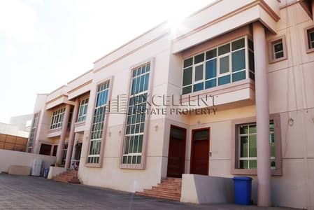 5 Bedroom Villa for Rent in Mohammed Bin Zayed City, Abu Dhabi - Very Nice and Spacious 5 Bedroom Villa in a Compound