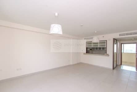 1 Bedroom Apartment for Sale in Downtown Dubai, Dubai - Well Maintained 1 BR+ Balcony  I  Nice Burj View