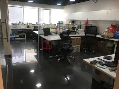 Office for Sale in Jumeirah Lake Towers (JLT), Dubai - Lake View Upgraded Fitted Office Furnished