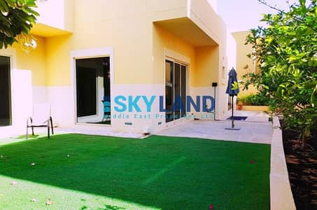 3 Bedroom Townhouse for Sale in Al Raha Gardens, Abu Dhabi - High quality 3beds w/ private garden !