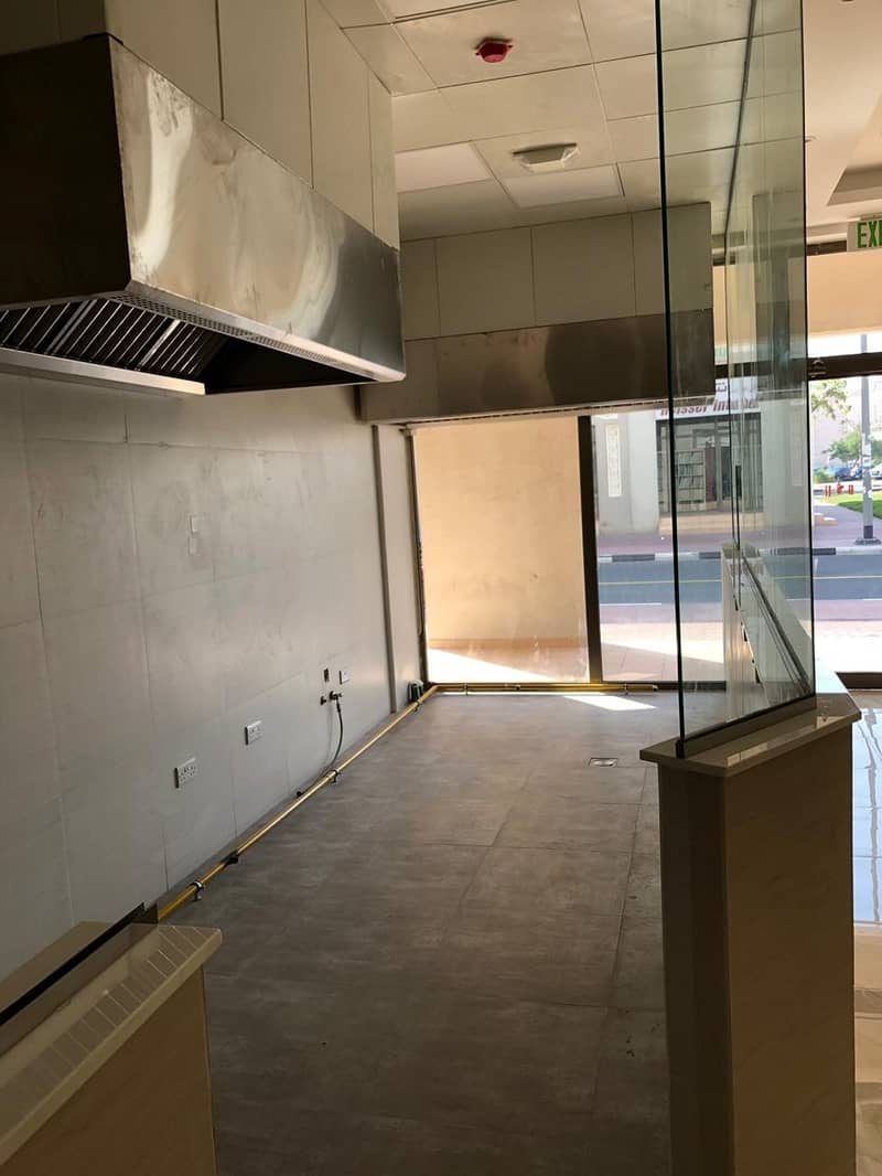 13 FULLY FITTED CAFETERIA WITH ALL APPROVALS FOR SALE IN INTERNATIONAL CITY