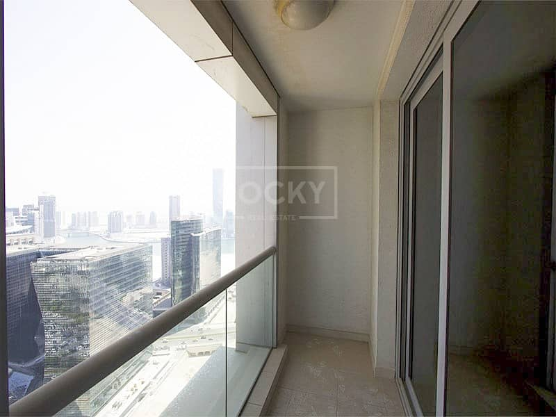 10 Canal View Huge Living room and balcony in Executive Tower