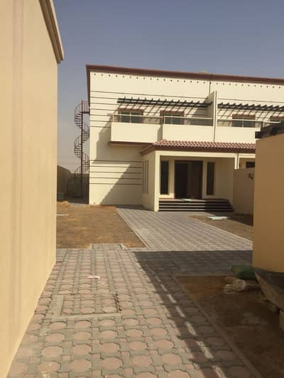 4 Bedroom Villa for Rent in Barashi, Sharjah - BRAND NEW, LUXURIOUS, LOVELY & SPACIOUS VILLA IN BARASHI AREA