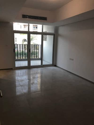 4 Bedroom Villa for Sale in Jumeirah Village Circle (JVC), Dubai - Our ready villa waiting you , 5000 square feet 3 floors only 5% downpayment now in JVC