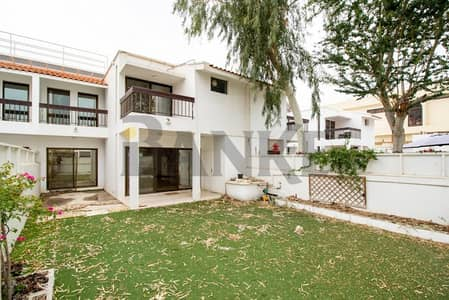 3 Bedroom Villa for Rent in Al Badaa, Dubai - Renovated 3 bed villa in Well maintained Compound