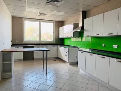 4 Bedroom Villa for Rent in Umm Suqeim, Dubai - Luxurious 3BR Villa with Amenities