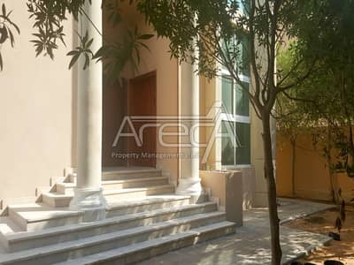4 Bedroom Villa for Rent in Khalifa City A, Abu Dhabi - Nice 4 Bedrooms Villa with a Huge Private Garden in Khalifa City A