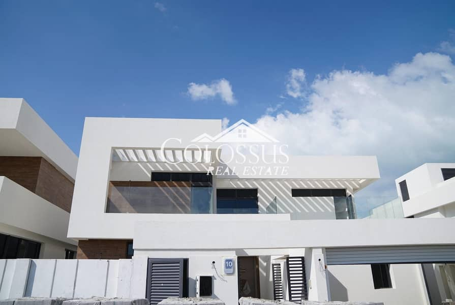 Amazing 5 Bedroom Villa in West Yas