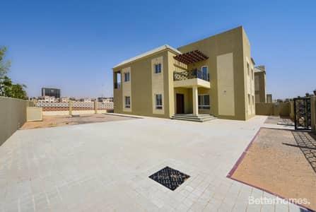 5 Bedroom Villa for Rent in Dubailand, Dubai - Golf Course I Maids I Single Row | High End Finish