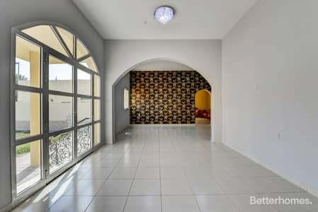 3 Bedroom Villa for Rent in Al Badaa, Dubai - 3 Bed + Maid's Unfurnished Villa in Al Wasl