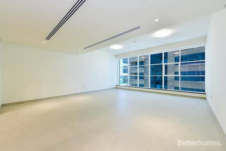3 Bedroom Flat for Sale in Dubai Marina, Dubai - Superb Location and Elegantly Finished - An Exclusive Home