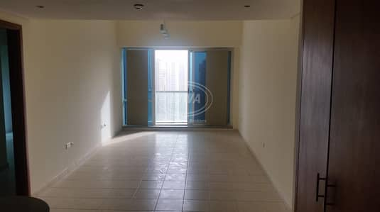 1 Bedroom Apartment for Rent in Jumeirah Lake Towers (JLT), Dubai - 1 Bedroom Hall With Full Lake View on Higher Floor in Lake Terrace Tower Next to Jlt Metro - AED  85000