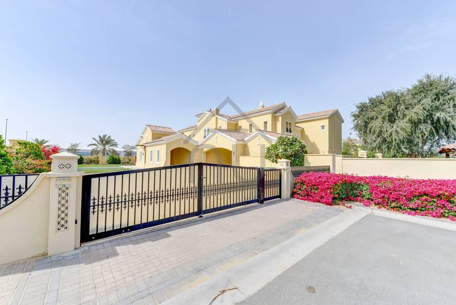 10 Exquisite Polo Home on a Stunning  Plot