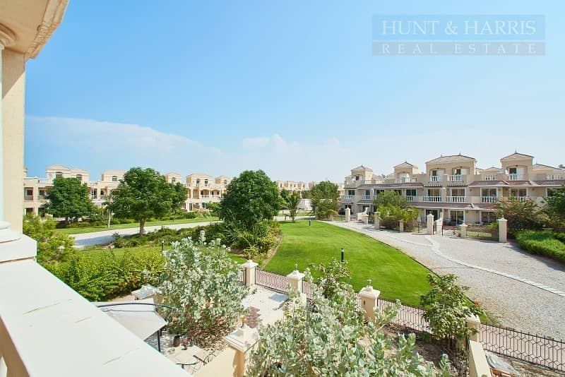 Upgraded Townhouse Near the Pool - Al Hamra Village