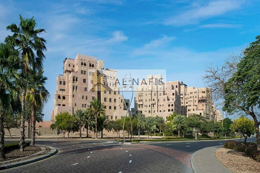 10 Next to Al Areesh Charming 3bedroom with maids