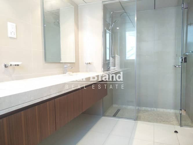 45 5 bedroom duplex plus maid room for rent in al qurm view
