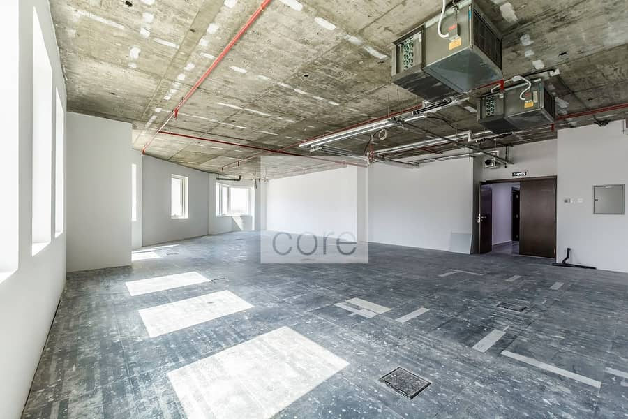 2 6 Cheques   AED 95 per sqft   Semi Fitted