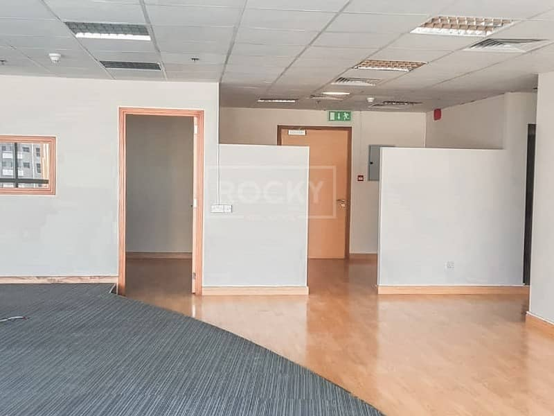 2 Fitted Office in Barsha Heights
