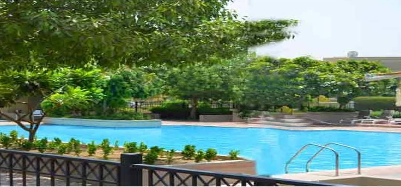 10 Invest  3BR+Storage Villa w/ Nice Garden
