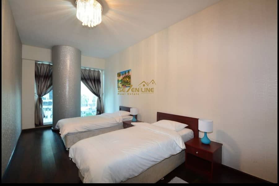 2  2 Bed w/ Community View
