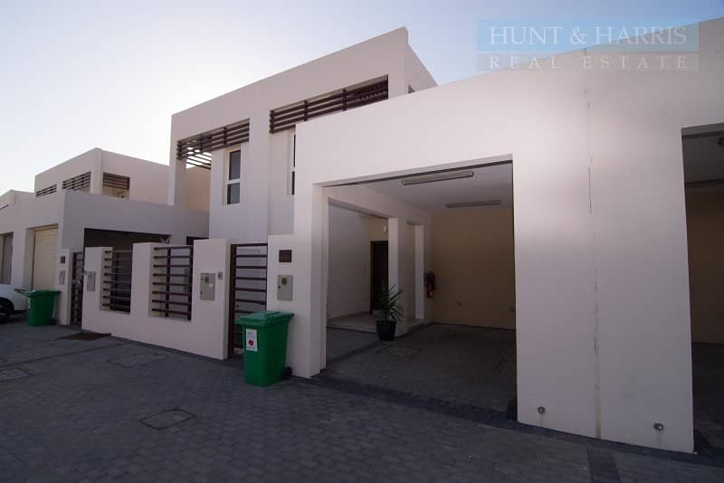 Priced to sell -  3 Bedroom Villa - Flamingo - Mina Al Arab