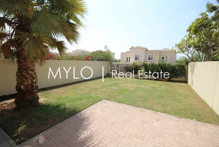 3 Bedroom Villa for Rent in The Lakes, Dubai - Move ASAP- Well Maintained Type 2Middle!