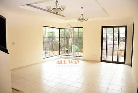 5 Bedroom Villa for Rent in Al Qurm, Abu Dhabi - The Delightful 5 Bedroom Villa for Rent in Al Salam St.