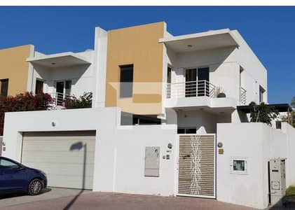 Rent Spacious 4 Bed Villa in Al Garhoud