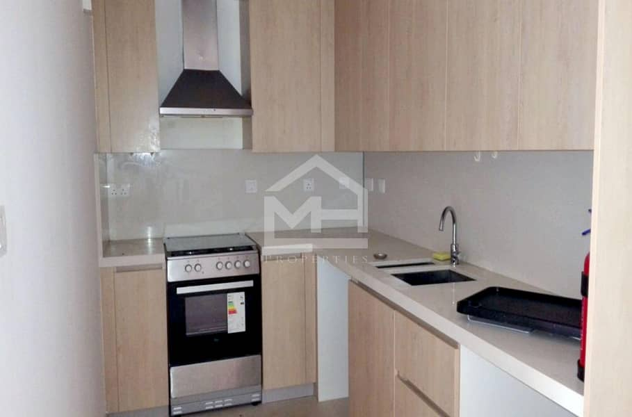 2 Ready to  move 1BR in Al Zeina