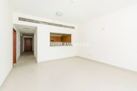 1 Bedroom Apartment for Sale in Dubai Sports City, Dubai - Vacant | Study Room | For Immediate Sale