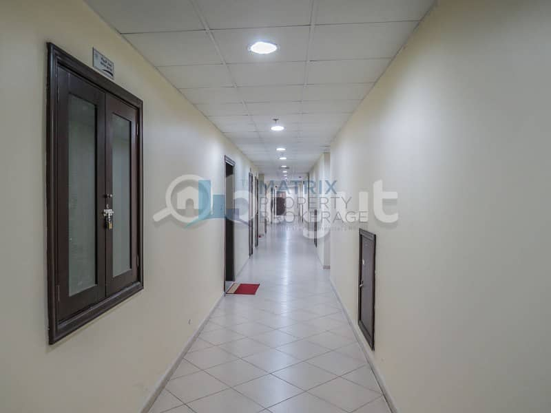 25 1 BED UNFURNISHED - AED 27