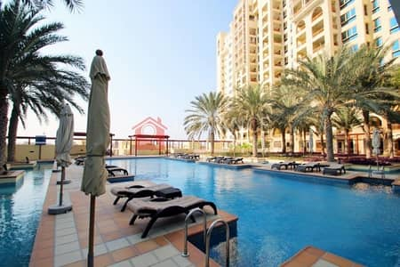 2 Bedroom Apartment for Sale in Palm Jumeirah, Dubai - AMAZING TWO BEDROOMS IN PALM JUMEIRAH ! SEA VIEW