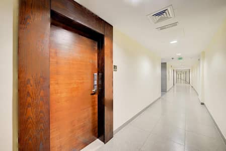 1 Bedroom Flat for Sale in Business Bay, Dubai - Motivate Seller -U-Bora Tower  1BR+ Study with Canal View