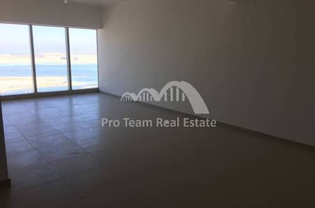 4 Cheques! High Floor 2+1 APT in Gate Tower