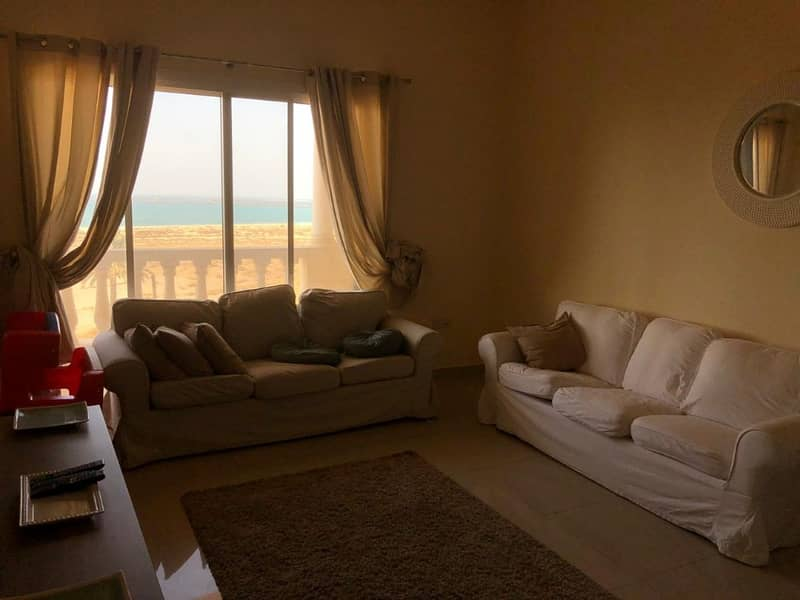 Sea View 2 Bedroom For Sale in Royal Breeze
