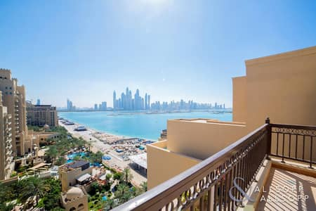4 Bedroom Penthouse for Sale in Palm Jumeirah, Dubai - Penthouse | Private Pool | Skyline Views