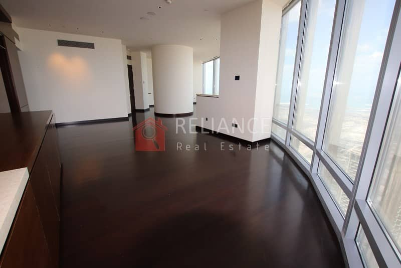 2 Exclusive 95th Floor Full Sea View 3 Bed