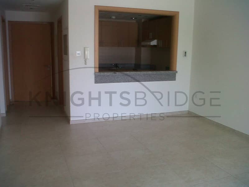 13 Coral Residence Spacious 1 B/R for sale