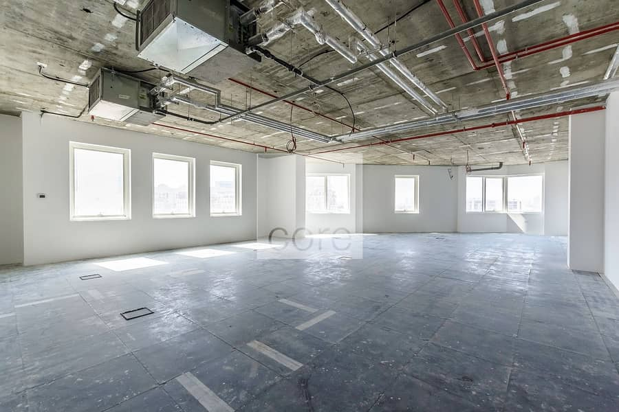 AED 90 per sqft | 6 Cheques | Semi Fitted