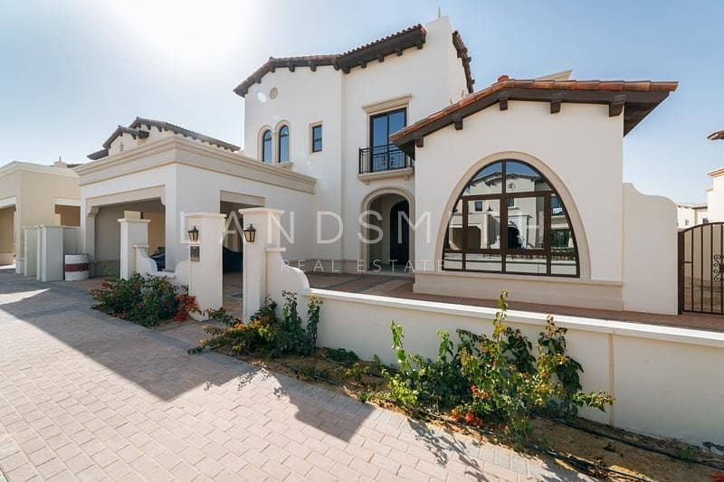 Beautiful 4 Bedroom Type 2 Villa in Rasha