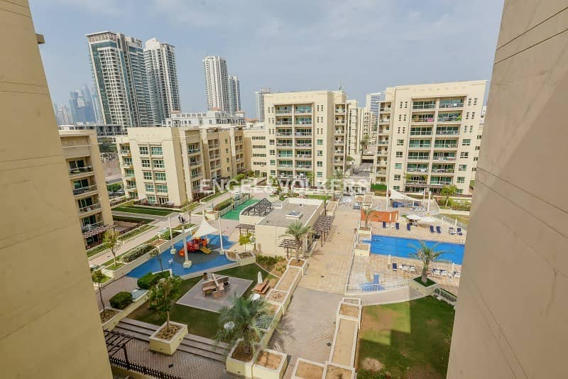 Exclusive  Pool view  New to market  Bright