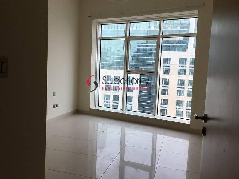 12 Marina View | 2BR plus Study plus maidsroom in Trident Bayside